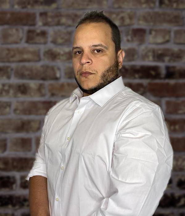 5-2 Matheus Pompolo | RedZinc Services